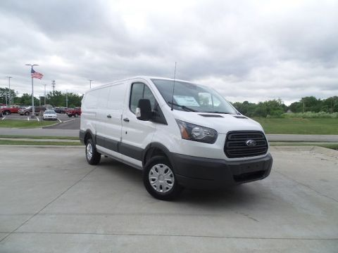 New 2018 Ford Transit-250 w/60/40 Pass-Side Cargo Doors
