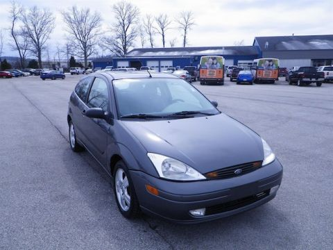 Pre-Owned 2004 Ford Focus ZX3 BASE